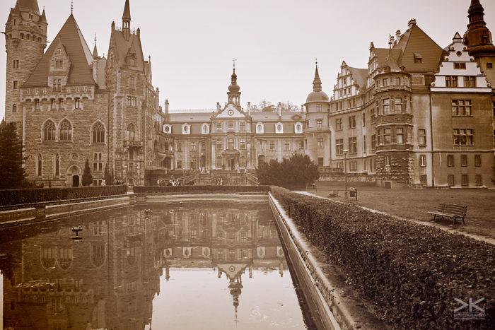Fairweather Manor [larp]